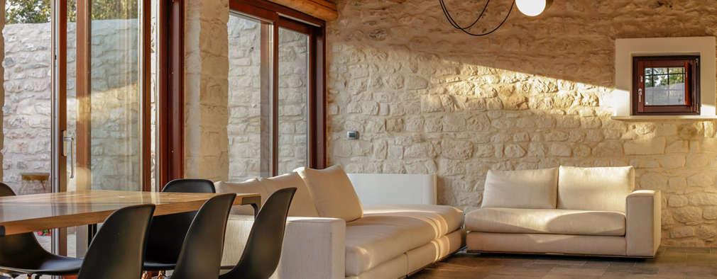 country Living room by Viviana Pitrolo architetto