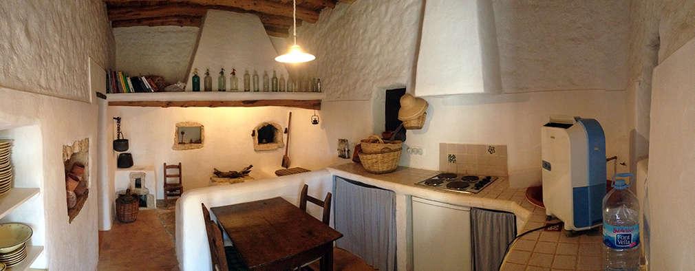 Projekty,  Kuchnia zaprojektowane przez Ivan Torres Architects