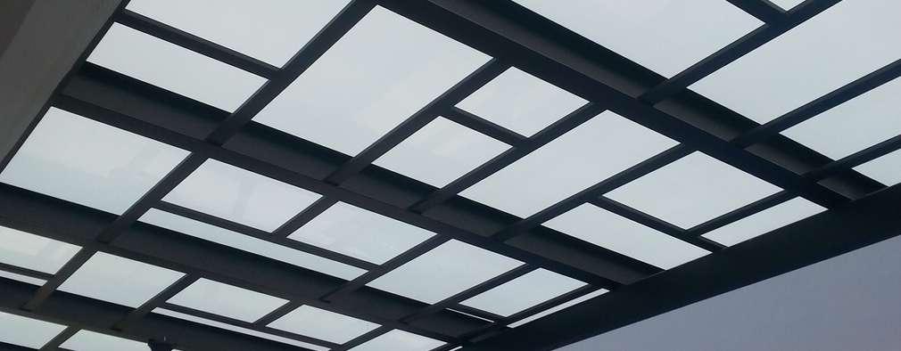 12 opciones de techos para el exterior de tu casa for Modelos de techos metalicos para casas