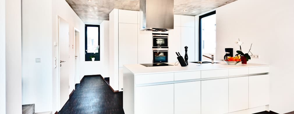 moderne Keuken door Helwig Haus und Raum Planungs GmbH
