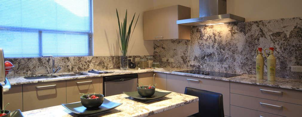 Las mejores y m s elegantes mesadas de piedra para tu cocina for Cocinas con pared de piedra