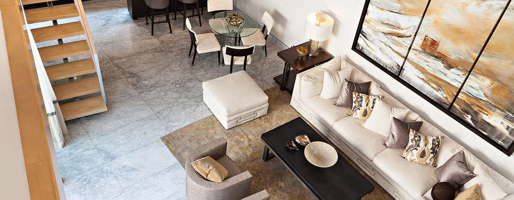 Salas / recibidores de estilo moderno por Arq. Bernardo Hinojosa