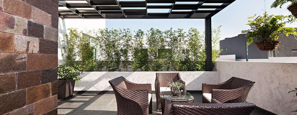 11 preciosos suelos para terrazas y patios for Suelos para porches