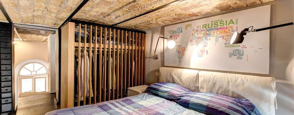 Industriale Schlafzimmer Von MOB ARCHITECTS