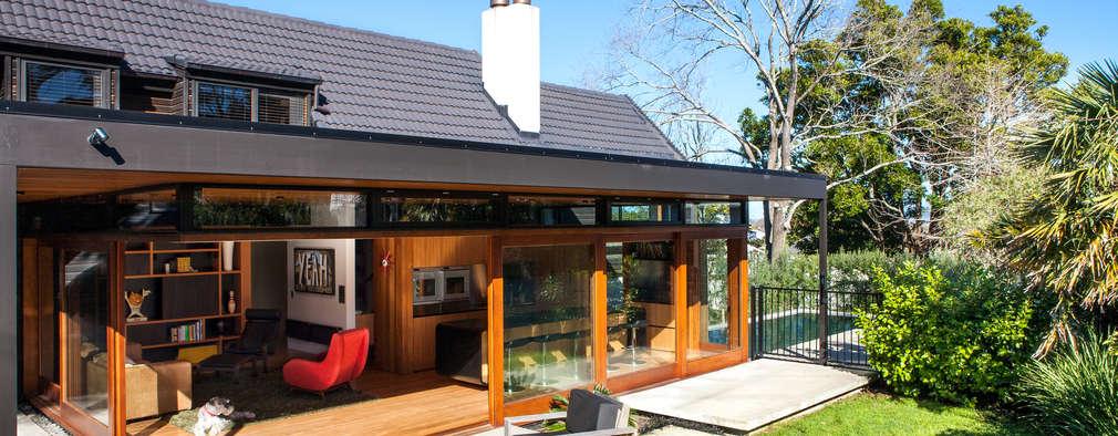 Casas de estilo moderno por Dorrington Atcheson Architects