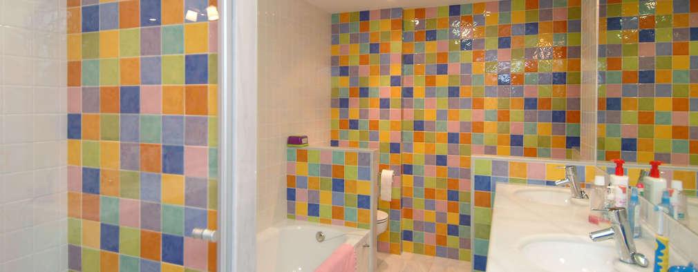 modern Bathroom by PRIBURGOS SLU