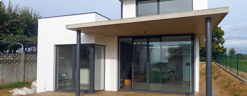 Vivienda en Rúa Aba: Casas de estilo moderno de AD+ arquitectura