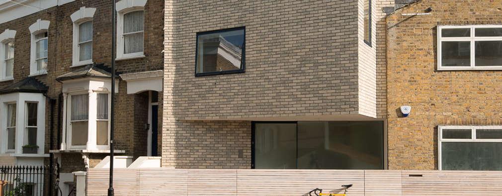Clonbrock Road: modern Houses by Lipton Plant Architects