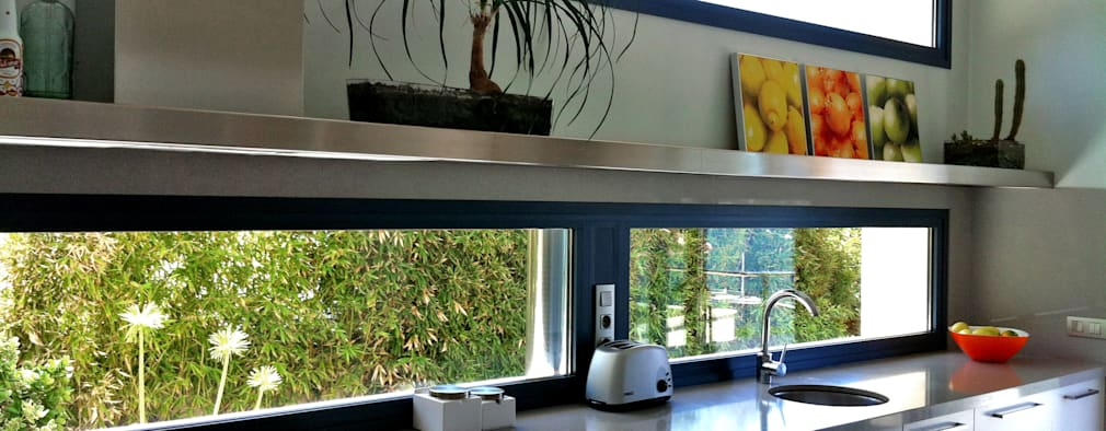 Cocinas de estilo moderno por FG ARQUITECTES