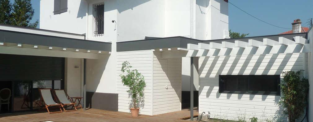 Maisons de Ville:  de style  par EURL Cyril DULAU architecte