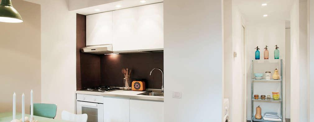 6 peque os apartamentos con ideas para ahorrar espacio for Banos pequenos bien aprovechados