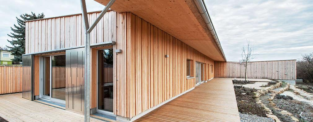 Terrazas  de estilo  por Abendroth Architekten
