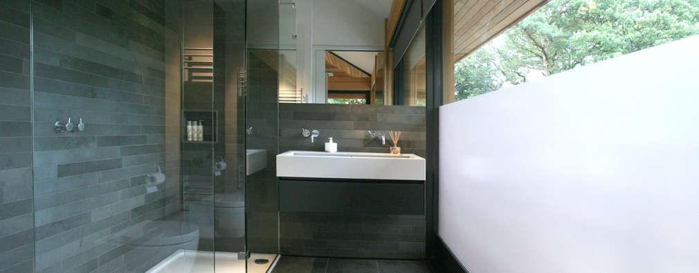 浴室 by Nicolas Tye Architects