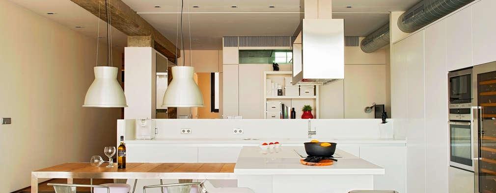 modern Kitchen by estudioitales