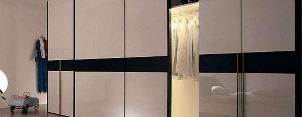 ARMARIOS EMPOTRADOS: Dormitorios de estilo escandinavo de MUEBLES RABANAL SL