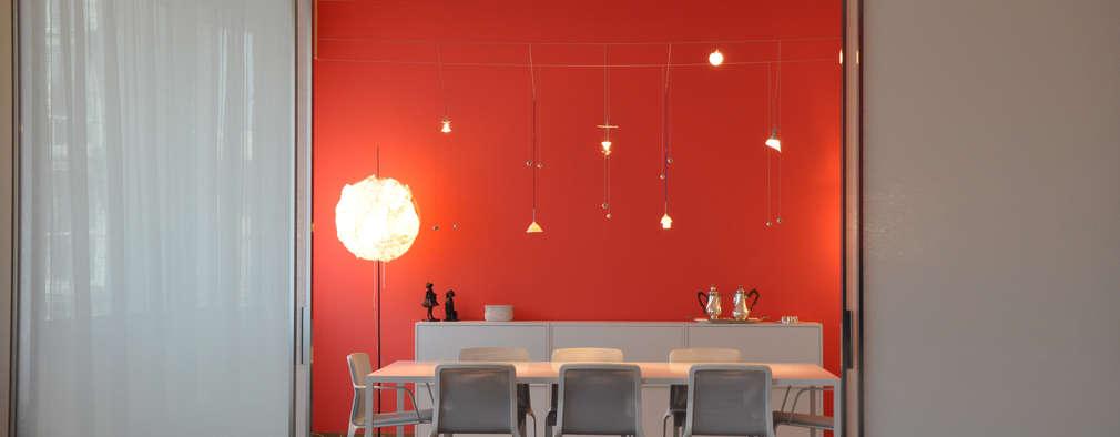 moderne Esszimmer von Emanuela Orlando Progettazione