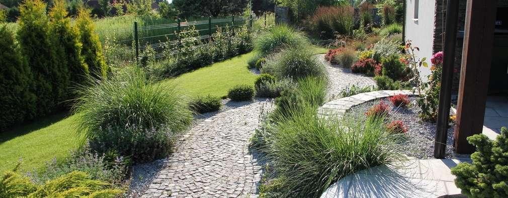 Słoneczna ścieżka na taras: styl , w kategorii  zaprojektowany przez Garden Idea - Projektowanie Ogrodów