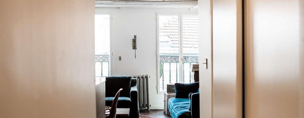 Projekty,  Korytarz, przedpokój zaprojektowane przez Hélène de Tassigny