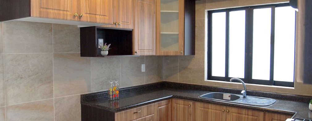 Cocinas:  de estilo  por Amarillo Interiorismo
