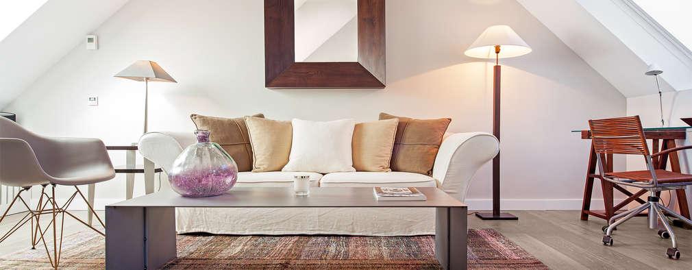 Salas de estilo moderno por Tarimas de Autor