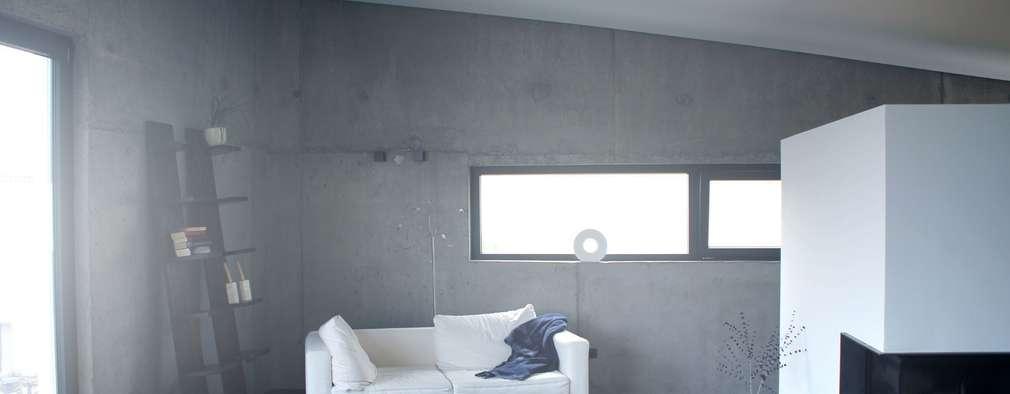 minimalistische Woonkamer door di architekturbüro