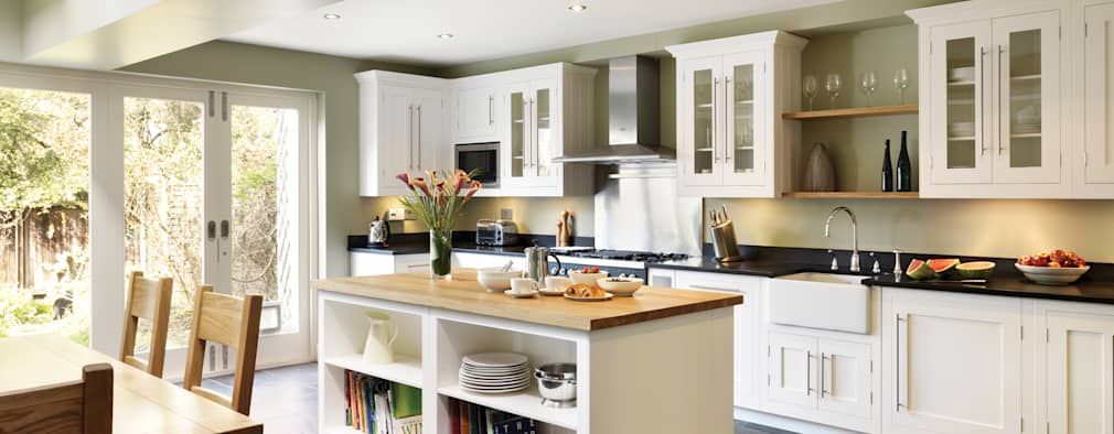 Cuisine de style de style Classique par Harvey Jones Kitchens