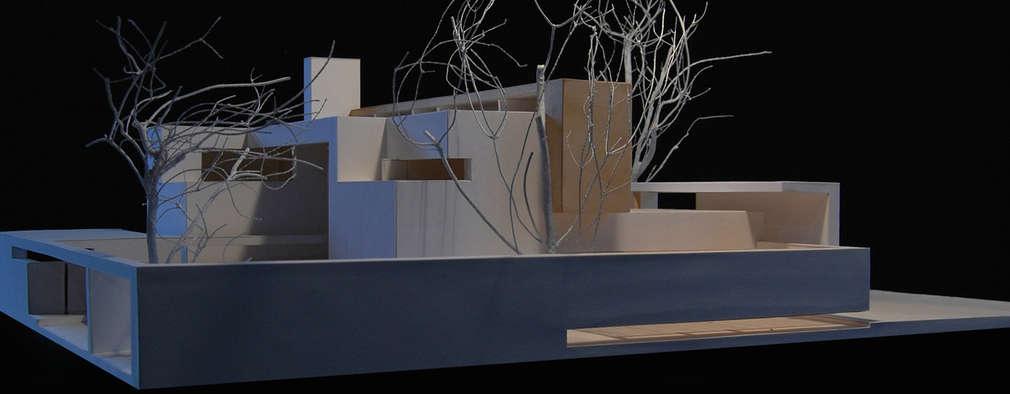 Casas de estilo minimalista por ARCHITETTURA MATASSONI
