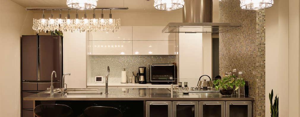 キッチン(アイランドキッチン): H建築スタジオが手掛けたキッチンです。