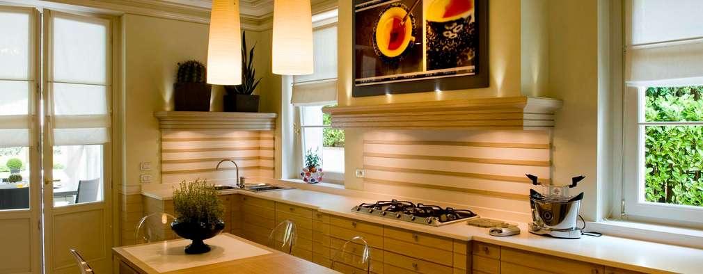 17 cocinas de madera modernas y geniales for Cocinas de madera modernas 2016