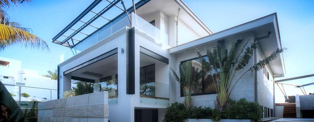 Villa de style  par sanzpont [arquitectura]