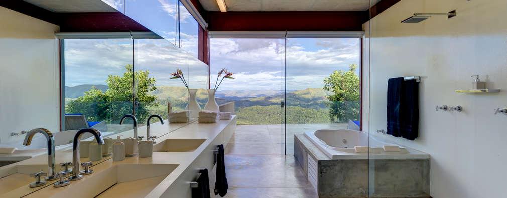 Ванные комнаты в . Автор – Denise Macedo Arquitetos Associados