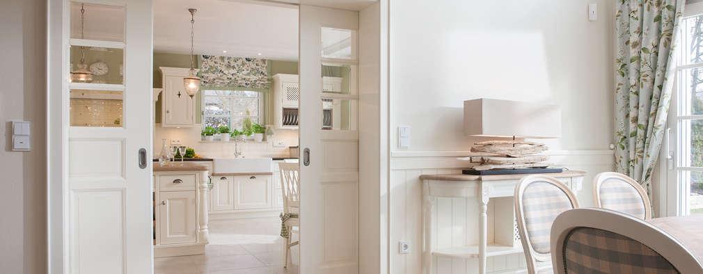 Puertas corredizas de estilo  por Beinder Schreinerei & Wohndesign GmbH