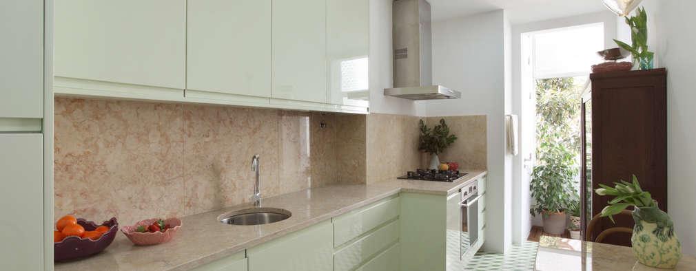 modern Kitchen by Tiago Patricio Rodrigues, Arquitectura e Interiores