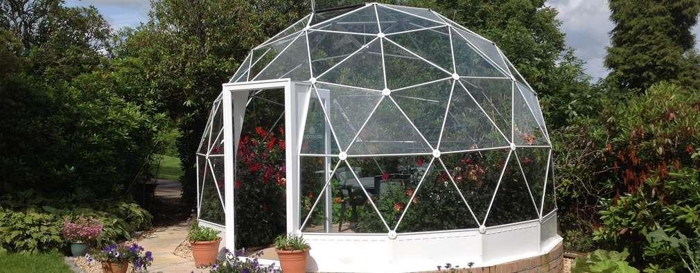 Jardines de estilo moderno por Solardome Industries Limited