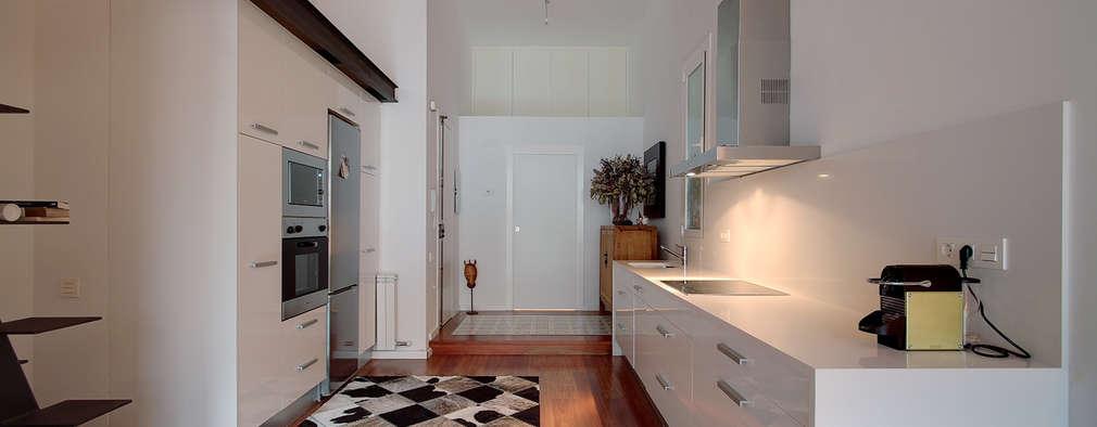 Cocinas de estilo minimalista por ELIX