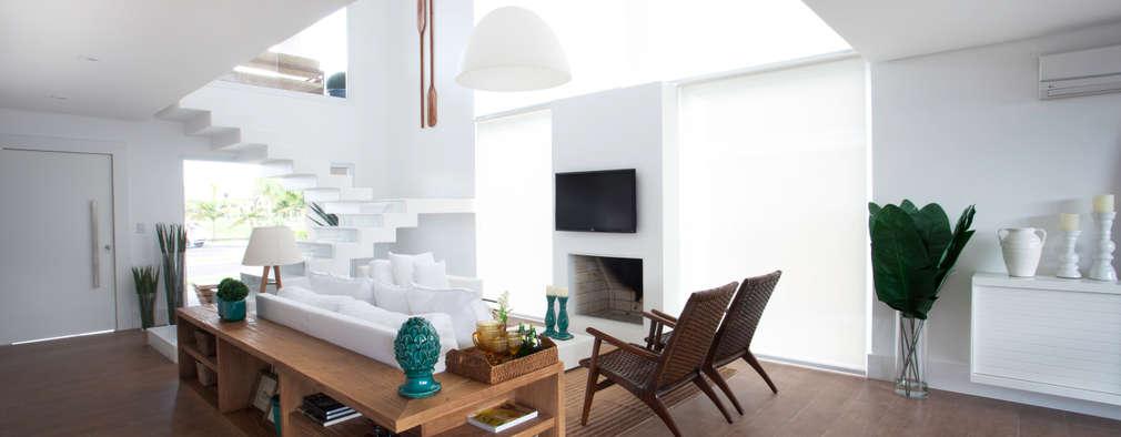 Salas / recibidores de estilo  por Tweedie+Pasquali
