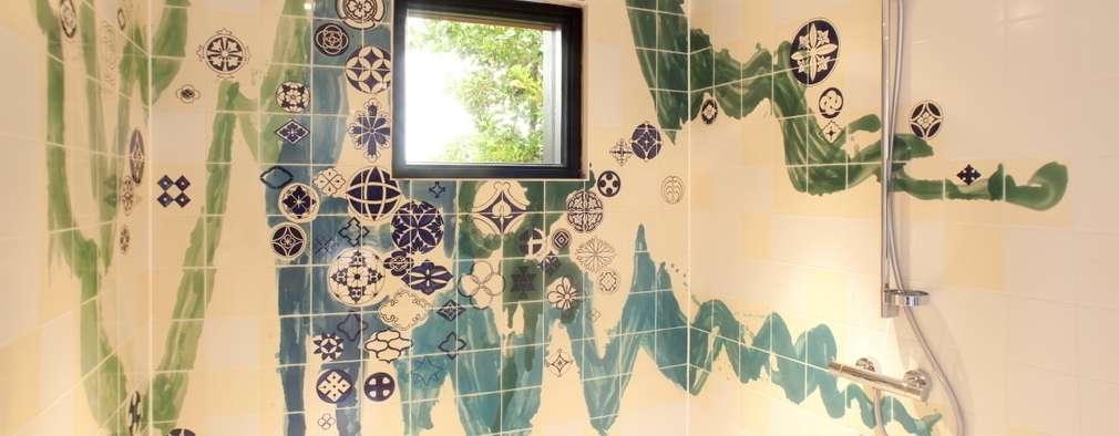 Baños de estilo moderno por José den Hartog