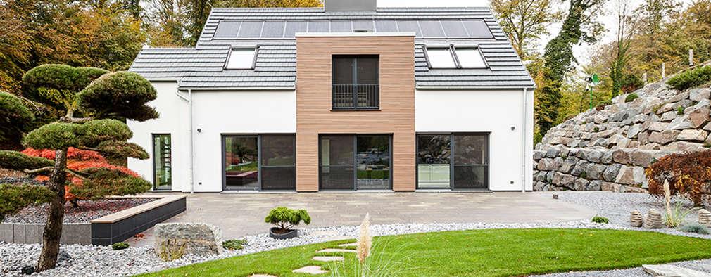 Maisons de style de style Moderne par ONE!CONTACT - Planungsbüro GmbH