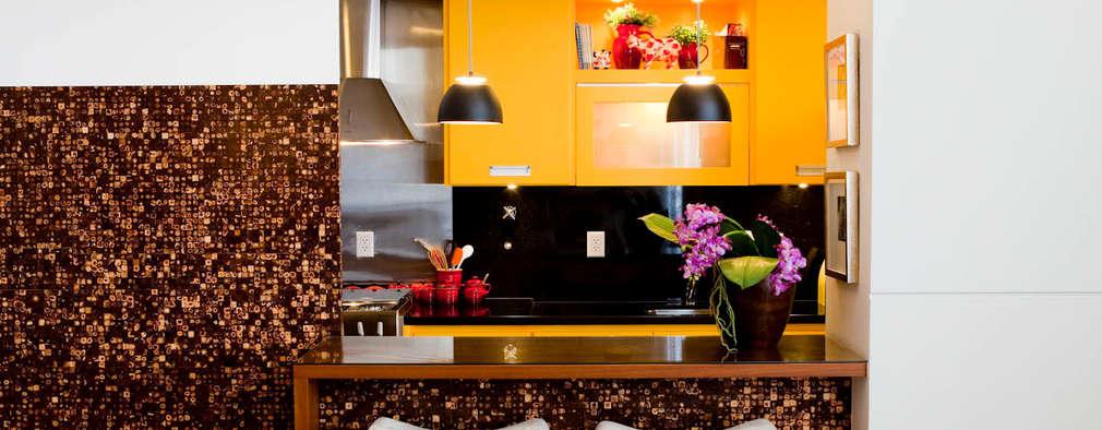 Cocinas de estilo ecléctico por Asenne Arquitetura