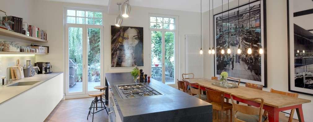 Nhà bếp by Schmidt Holzinger Innenarchitekten