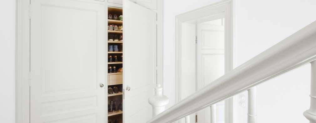 Schuhschrank Flur:  Flur & Diele von Schmidt Holzinger Innenarchitekten