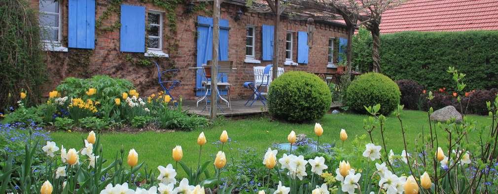 Jardines de estilo rural por Büro Christian Meyer