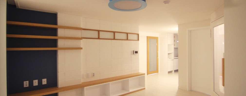 vorher nachher vollgestopfte wohnung wird zum modernen zuhause. Black Bedroom Furniture Sets. Home Design Ideas