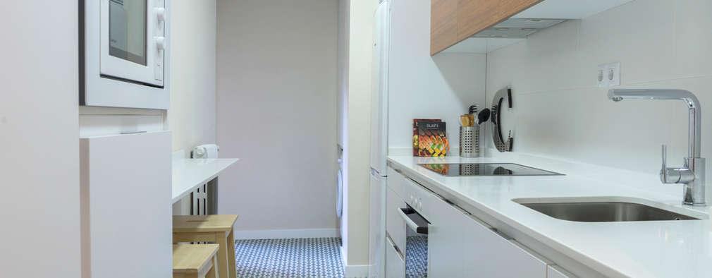 vorher nachher veraltete wohnung wird nach renovierung richtig chic. Black Bedroom Furniture Sets. Home Design Ideas
