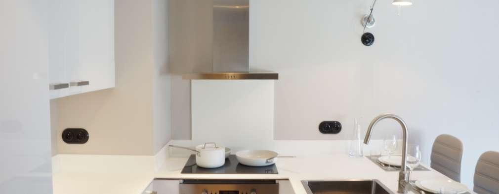 Cocinas de estilo moderno por blackStones