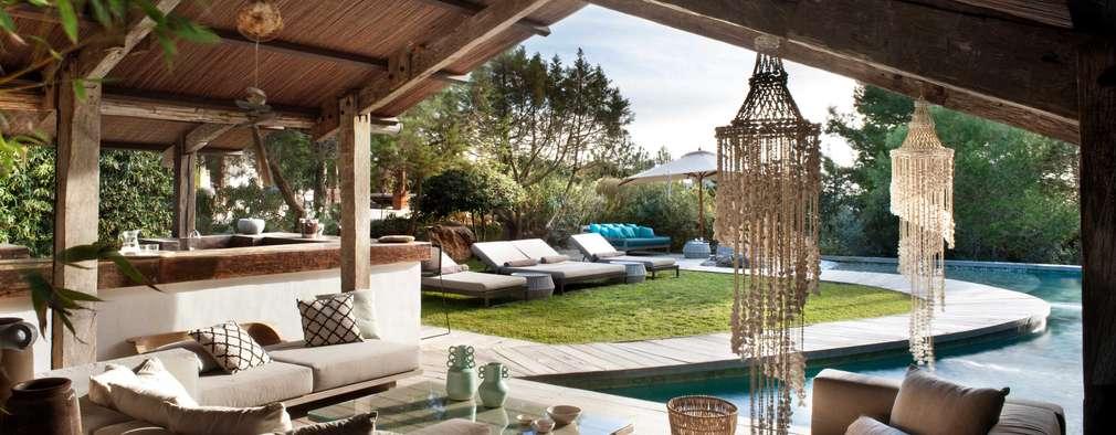 Piscinas de estilo mediterraneo por TG Studio