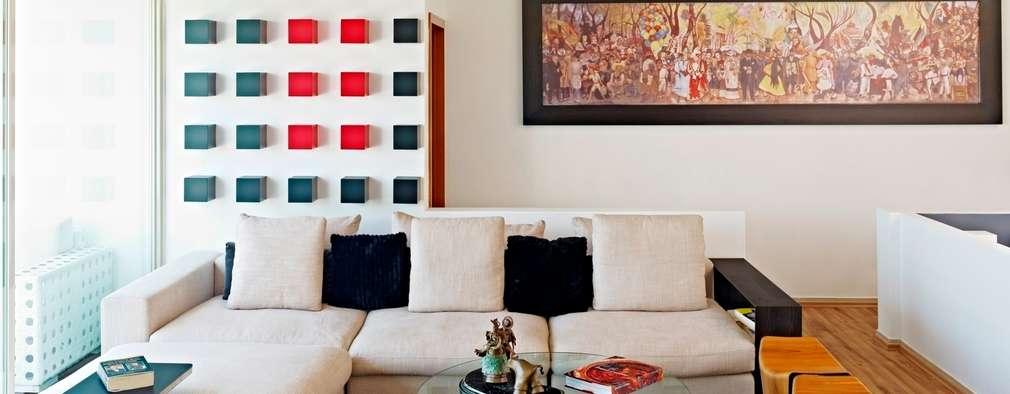 Casa Altavista: Salas de estilo moderno por Excelencia en Diseño