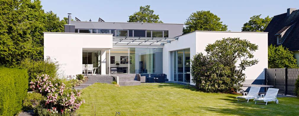Casas de estilo minimalista por Gritzmann Architekten