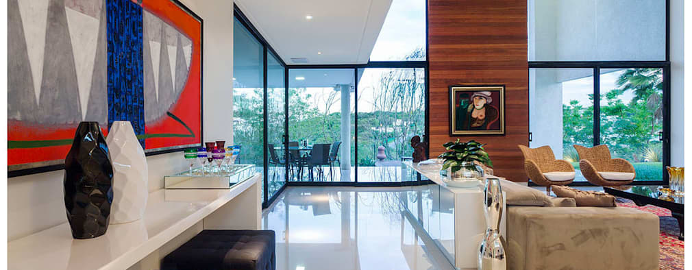 غرفة المعيشة تنفيذ Larissa Maffra