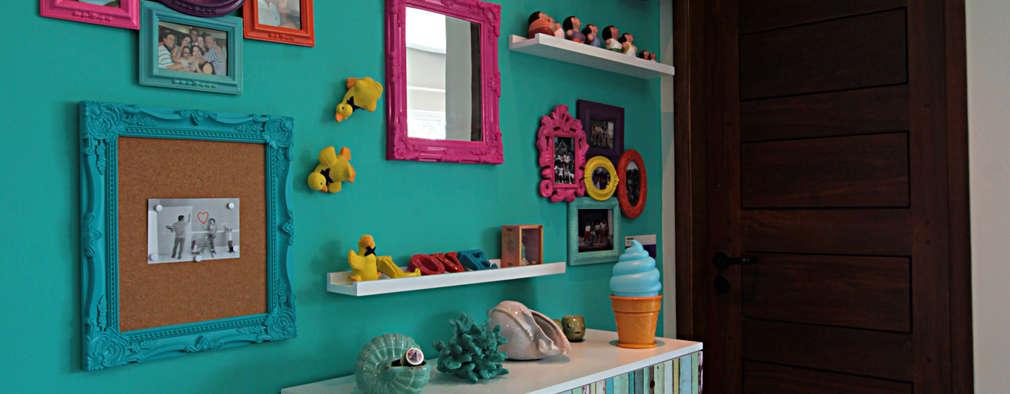 Couloir et hall d'entrée de style  par Celia Beatriz Arquitetura
